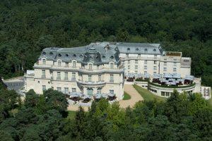 Tiara-Chateau-Hotel-Mont-Royal-Chantilly